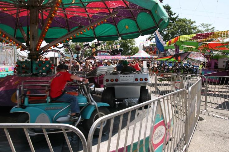 midway, amusement park, theme park, buccaneer days, esquimalt